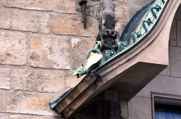 Амулеты часов в Праге